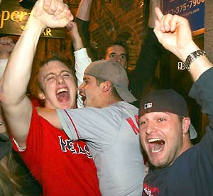 p1_soxfans_boston_ap.jpg