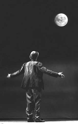 Godot_moon4.jpg